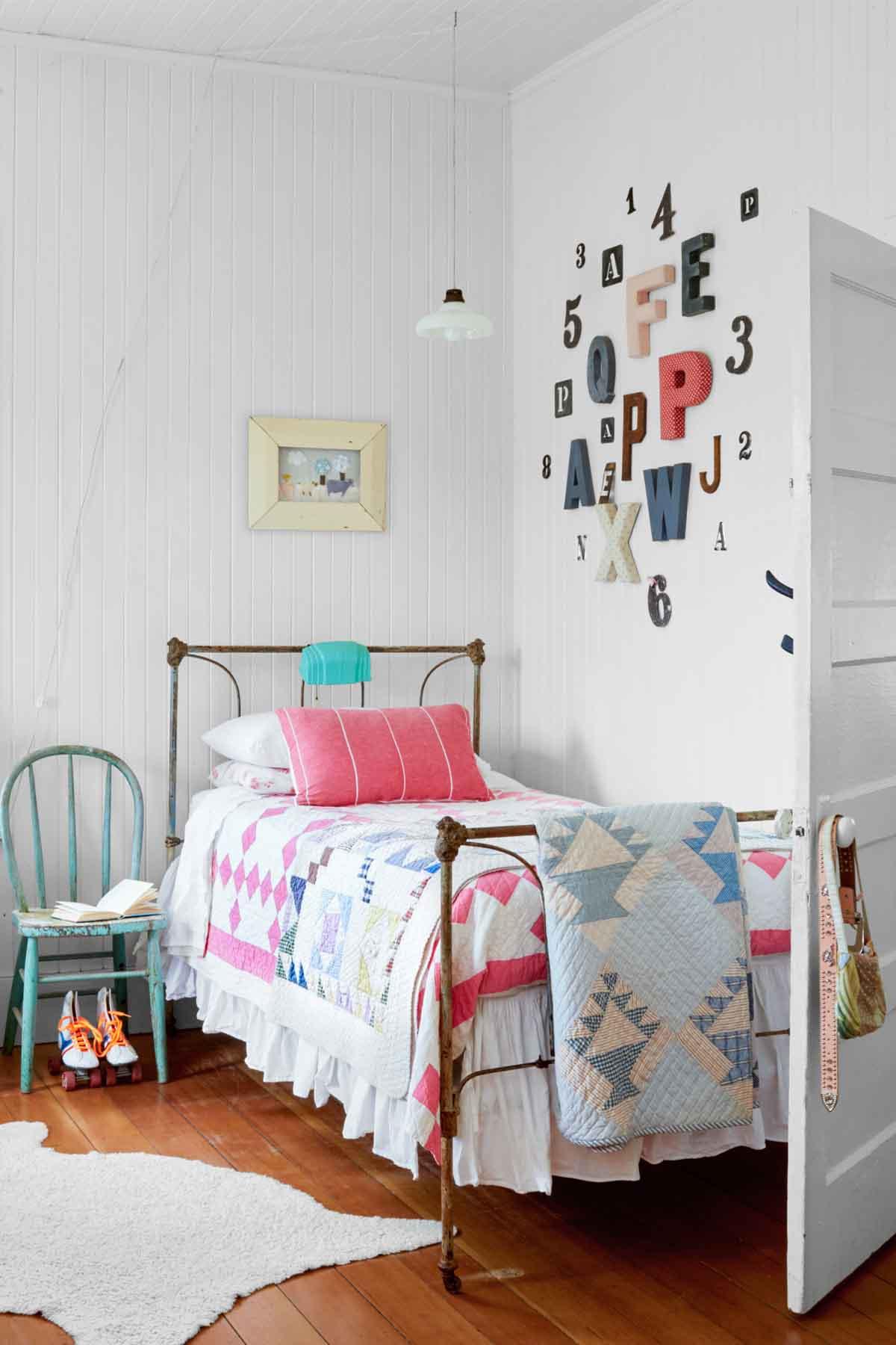 12 Fun Girl's Bedroom Decor Ideas - Cute Room Decorating ...