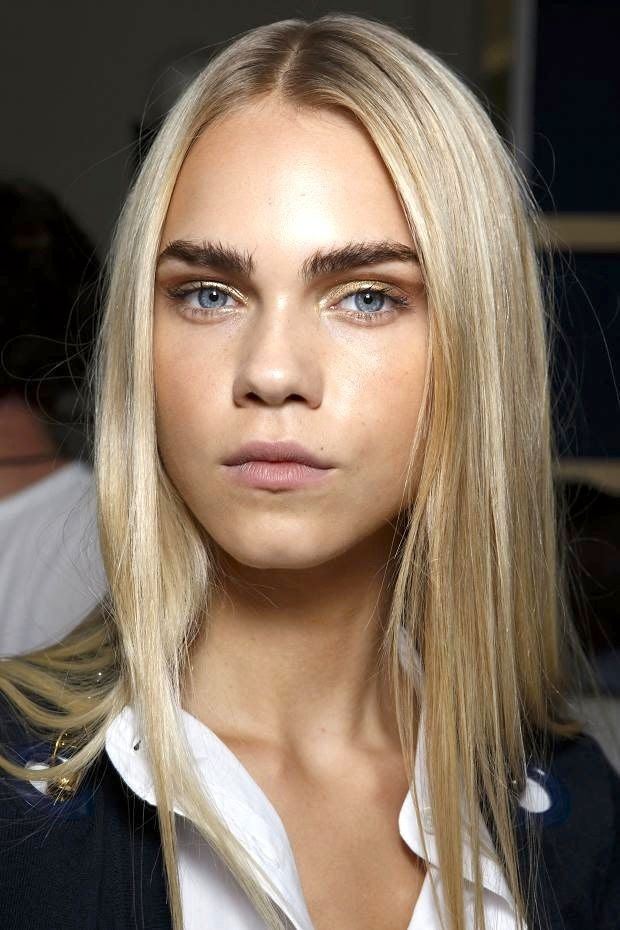 Le Fashion Blog Beauty Inspiration Bold Brows Metallic Eyeshadow Long Blonde Hair Blue Eyes Matte Lips Alexis Mabille SS 2015 Backstage photo Le-Fashion-Blog-Beauty-Inspiration-Bold-Brows-Metallic-Eyeshadow-Long-Blonde-Hair-Blue-Eyes-Matte-Lips-Alexis-Mabille-SS-2015.jpg