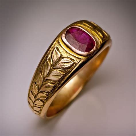 vintage mens ruby ring   moscow