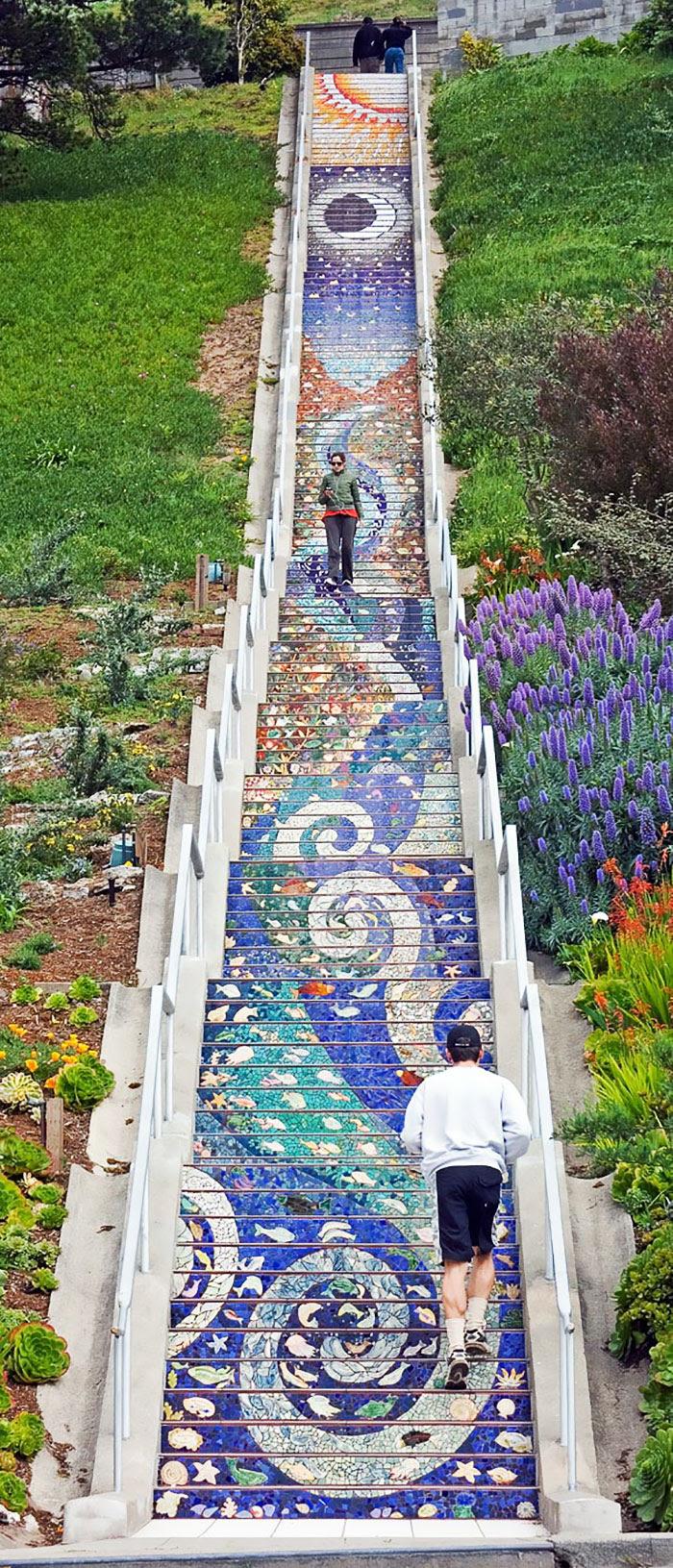 escalones-azulejos-reflectantes-san-francisco (7)