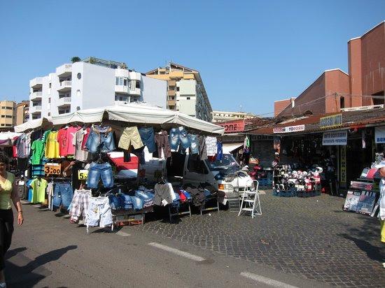 Bilder från Porta Portese, Rom