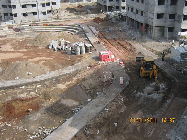 Vastushodh's Anandgram Yavat on 1st January 2011 - Construction progress report of the 'CRISIL Pune 5 Star' Rated Affordable Real Estate Project of 1 Room Kitchen, 1 BHK, 2 BHK Flats on Pune Solapur Highway