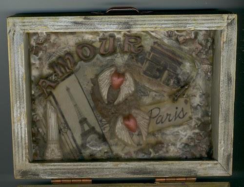 paris box inside lid