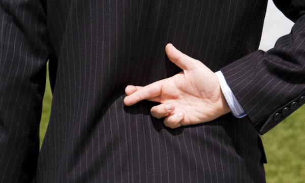 4 truques psicológicos para dominar o cérebro dos seus amigos
