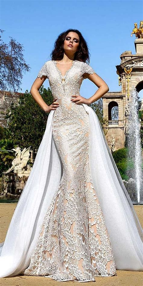 17 Best ideas about Crystal Wedding Dresses on Pinterest