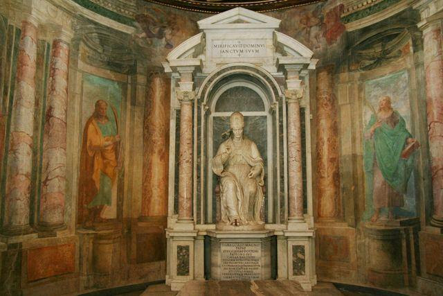 S. Gregorio al Celio, oratorio di S.Barbara (triclinium pauperum): S. Gregorio di N. Cordier, 1602