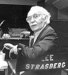Lee Strasberg, insegnante di recitazione della Monroe.