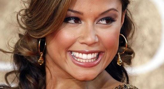 Vanessa Minnillo is real pretty