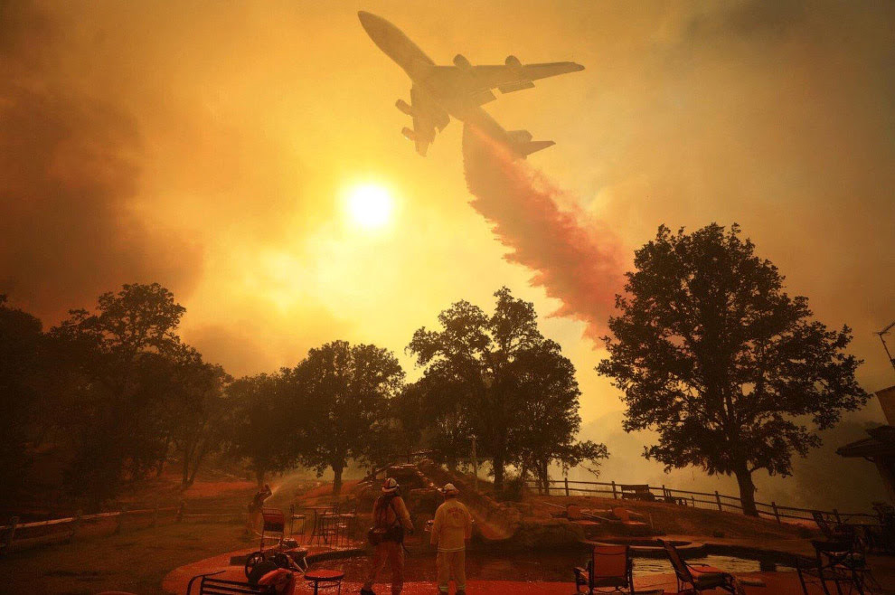 Пожарный самолет