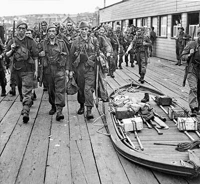 File:Commando goatley boat.jpg