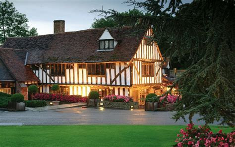 Wedding Venues in Essex, East of England   Le Talbooth