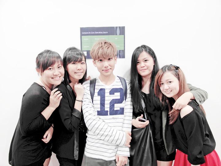 typicalben with friends in school