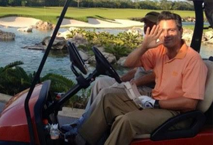 En febrero de 2013 captaron a Peña Nieto en un campo de golf en Yucatán. Foto: @vickyyylopez