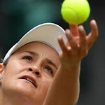Ashleigh Barty rejoint les huitièmes de finale à Wimbledon