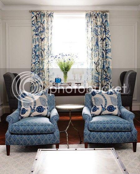 house-home-sarah-richardson-design-living-room-1-photobystaceybrandford-march2012