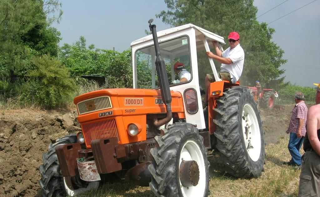 Miniescavatore trattori e attrezzature agricole usate for Attrezzatura agricola usata lazio