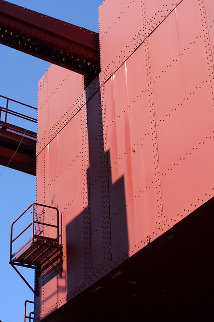 Counterweight, Broadway Bridge