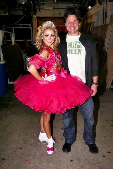 Nick Lachey - Kelly Ripa and Nick Lachey in Costume