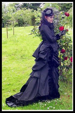 victorian gowns   AlternaBrides