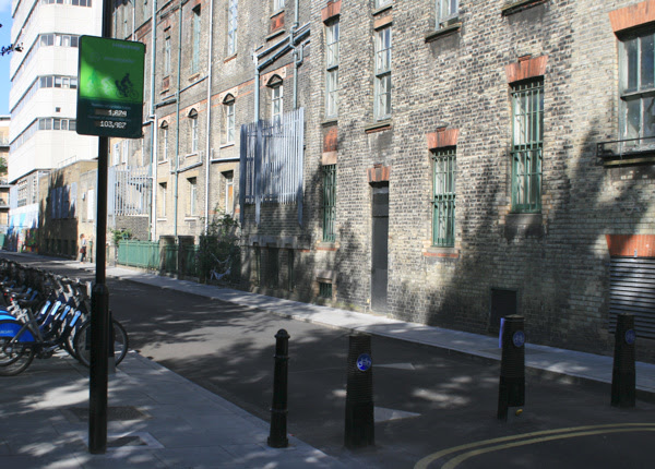 The bike counter on Goldsmiths Row in Hackney