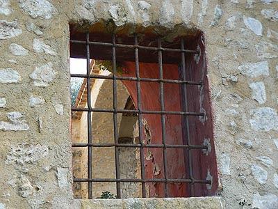 fenêtre rouge.jpg