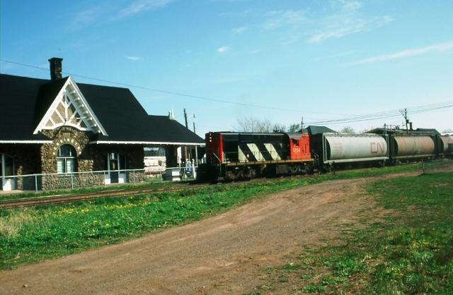 CN 1754 at Kensington, PEI