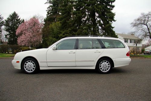 Sell used 98-03 2002 Mercedes-Benz W210 E320 Wagon 3rd Row ...