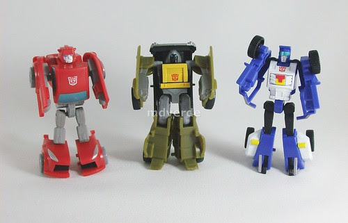 Transformers Minibot Attack Team Classics Henkei Legends - modo robot