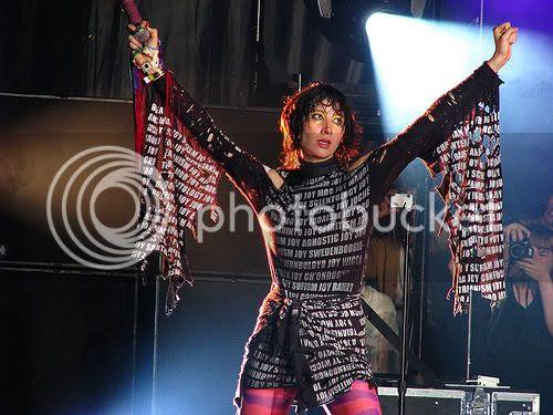 Karen O of Yeah Yeah Yeahs @ Osheaga Festival: photo by Michael Ligon