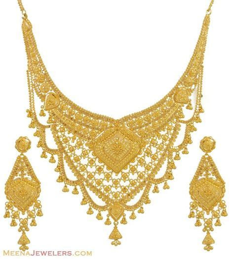 Gold necklace and earrings set (22kt indian jewelry) with