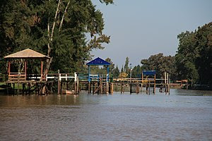 Boat docks in the Lower Delta of the Paraná Ri...