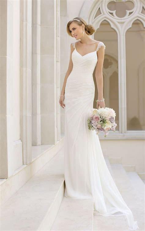 Simple Wedding Dresses with Elegance   Simple weddings