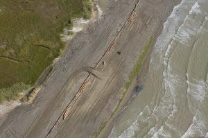 barrier island berm construction