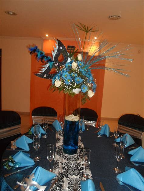Centro de mesa fiesta tematica mascaras   Eventos   Fiesta