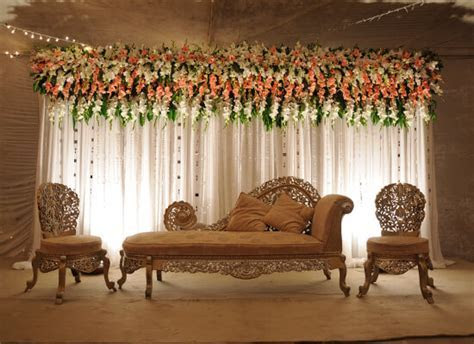Simple Wedding Stage Decoration in Pakistan   Decor