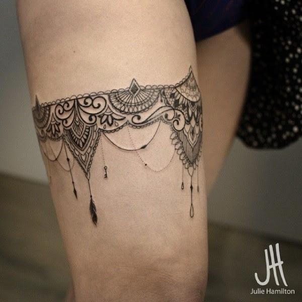 Tatuajes De Ligueros Súper Lindos Para Tus Piernas
