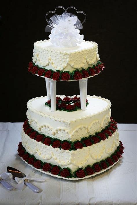 Heart shaped wedding cake   25th anniversary cakes