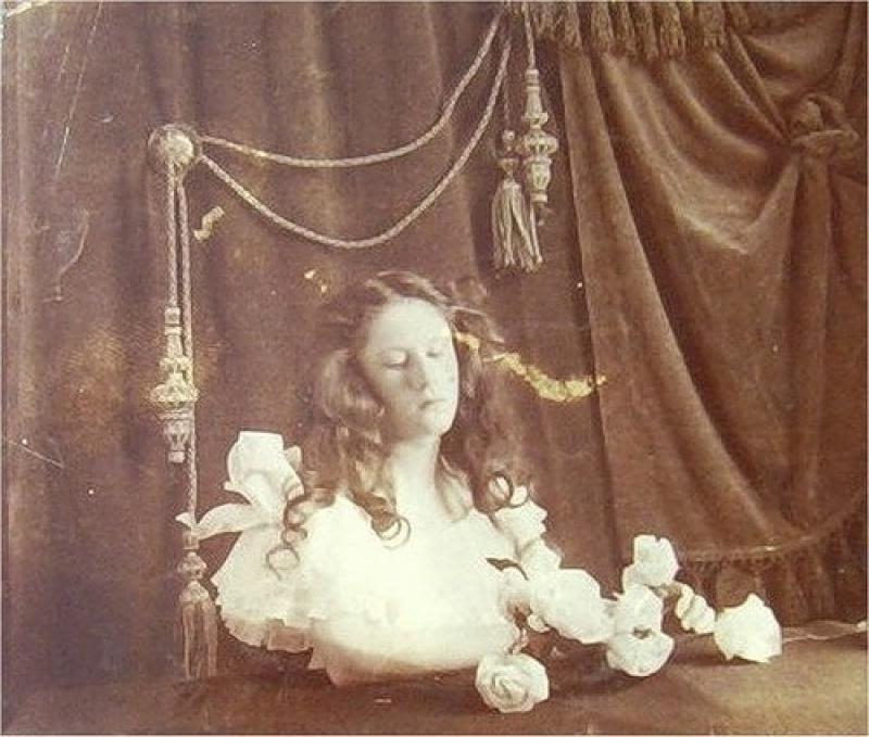 From1800s12 Посмертные портреты времен королевы Виктории