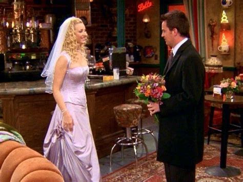Phoebe Buffay (Friends)   Phoebe buffay, Wedding dress and
