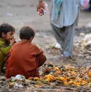 Cerca de 1.000 millones de personas en el mundo pasan hambre mientras que 2.000 consumen calorías en exceso