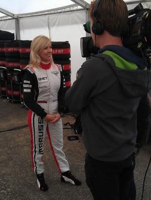 Maria de Villota, momentos antes do teste com a equipe Marussia Fórmula 1 (Foto: Reprodução/Twitter)