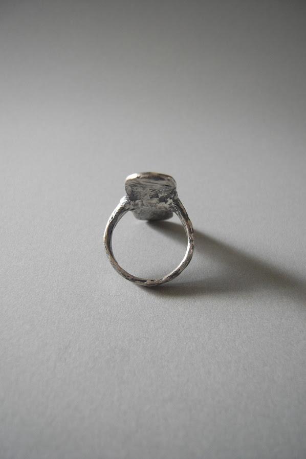 Meloni Mitchell Flat Surface Ring - back
