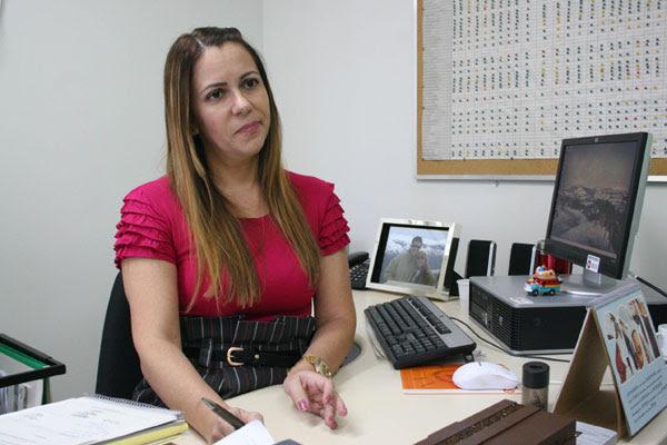 Zenilde Alves entrou com o pedido para a Justiça determinar o resgate dos recursos da Educação
