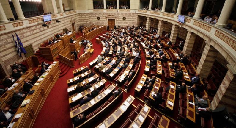 Σενάρια πρόωρων εκλογών: Ολοι τα αποκηρύσσουν,όλοι τα συζητούν