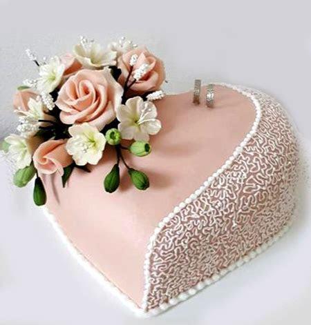Heart Shaped /Engagement Cake with Roses 2Kg   Sri Lanka