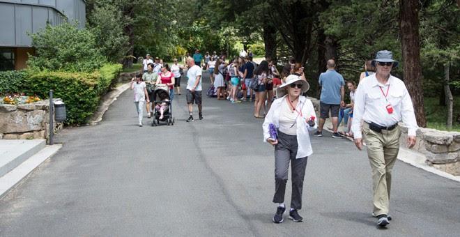 Visitantes en el Valle de los Caídos. / J. GÓMEZ