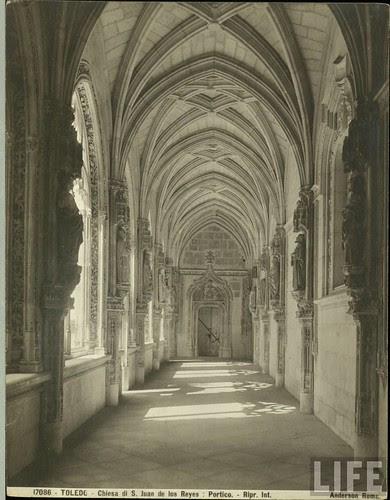 Monasterio de San Juan de Los Reyes  de Toledo a principios del siglo XX. Archivo de la revista Life (1)