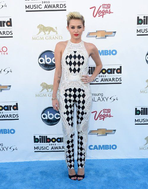 2013 Billboard Music Awards photo mileyc051913-204.jpg