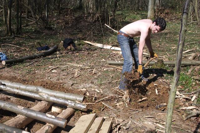 DSC_3739 Building a log bridge