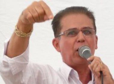 Prefeito reeleito de Santa Cruz Cabrália é afastado do cargo